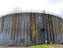 Refurbishing the mammoth Doncaster water tank